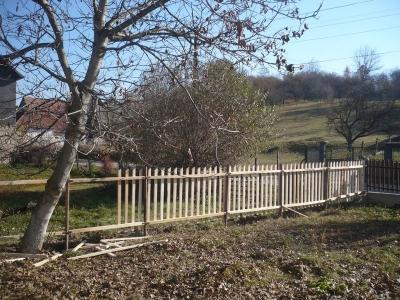 Megújul a kerítés is