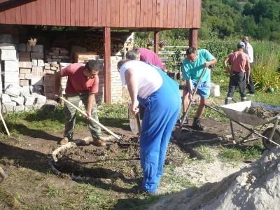 Az alap ásása