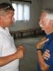 Komoly beszélgetés folyik Attila és Pista bá' között
