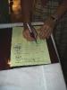 A Darócok névsorát a lelkipásztor képviseli, aláírja, lepecsételi