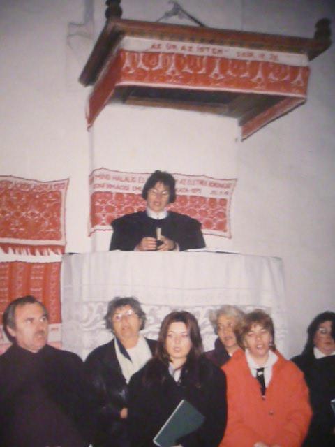Lelkészbeiktatás 2000. novemberén